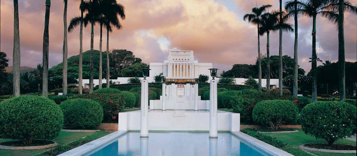 La'ie Temple Visitor's Center Tour
